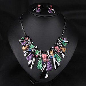 Jewelry - Multi color Geometric Enamel Necklace Set